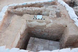 Figure 5: Latrine to the west of the bathhouse in Square D:6/12