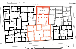 Plan of Dura Europos synagogue.