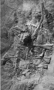 Aerial view of Ur excavations, 1927