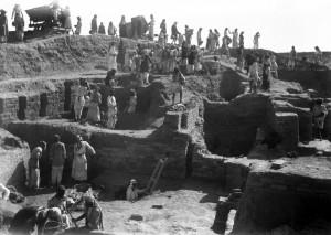 Excavating the mausoleum of Bur-Sin, Third Dynasty Period. © The Trustees of the British Museum.
