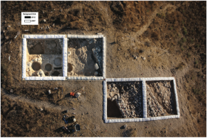 A composite photograph of the fortifications and other remains in Area C. Photographs by Sky View/Griffin Aerial Imaging; prepared by Segev Ramon and Tamar Olenick. All rights reserved by the Tel 'Eton Archaeological Expedition.